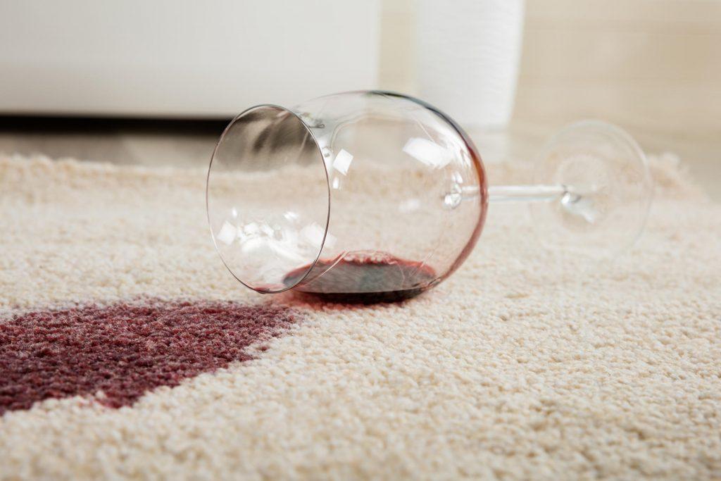 Teppichreinigung und Teppichpflege mit dem Designmöbelhaus Schneider